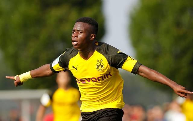 Youssoufa Moukoko traf gegen Viktoria Köln zur Führung
