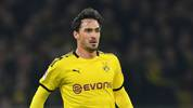 DORTMUND, GERMANY - FEBRUARY 14: Dortmund's Mats Hummels runs with the ball during the Bundesliga match between Borussia Dortmund and Eintracht Frankfurt at Signal Iduna Park on February 14, 2020 in Dortmund, Germany. (Photo by Frederic Scheidemann/Bongarts/Getty Images)