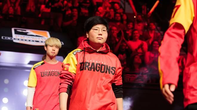 Die Shanghai-Dragons-Verantwortlichen lassen ihre Spieler bis zu zwölf Stunden sechsmal die Woche trainieren