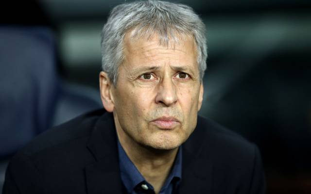 BARCELONA, SPAIN - NOVEMBER 27: Lucien Favre, Head Coach of Borussia Dortmund looks on prior to the UEFA Champions League group F match between FC Barcelona and Borussia Dortmund at Camp Nou on November 27, 2019 in Barcelona, Spain. (Photo by Maja Hitij/Bongarts/Getty Images)