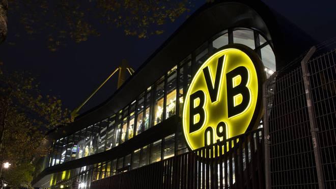 Borussia Dortmund hat ein PSG-Talent verpflichtet