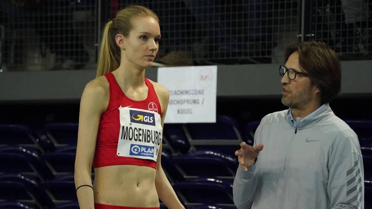 Dietmar Mögenburg und Tochter Katarina bei der Hallen-DM 2020