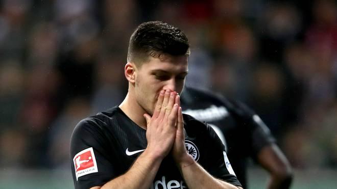 Luka Jovic sitzt bei Eintracht Frankfurt gegen Leverkusen zunächst draußen