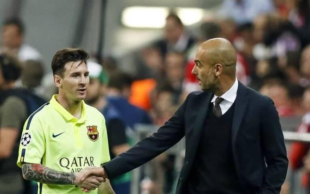 Pep Guardiola (r.) pflegt ein besonderes Verhältnis zu Lionel Messi