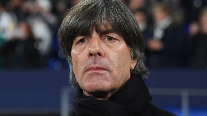 Joachim Löw drückt den deutschen Handballern vor dem Halbfinale die Daumen