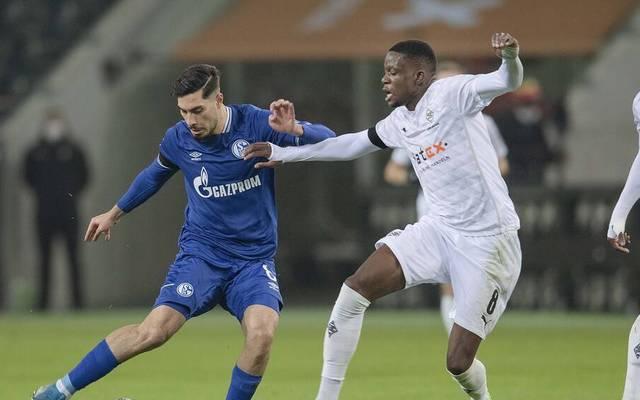 Der FC Schalke und Borussia Mönchengladbach kämpfen um wichtige Punkte