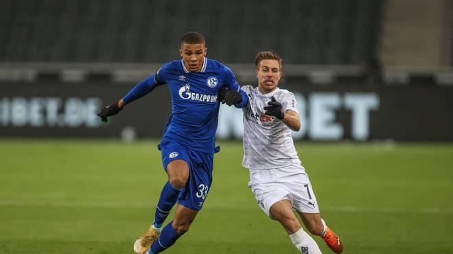 Malick Thiaw (l.) hat in dieser Saison seine ersten 15 Bundesligaspiele bestritten