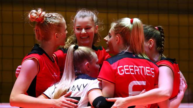Die deutschen Volleyball-Frauen hoffen auf das Olympia-Ticket