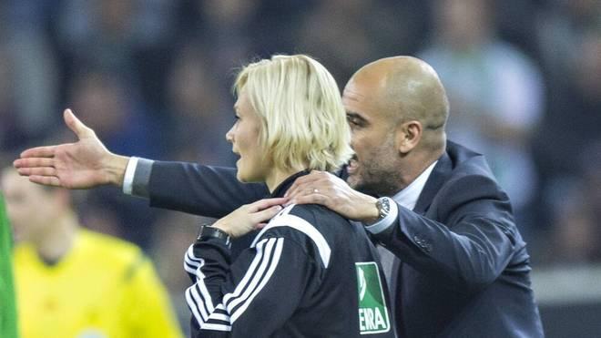 Auch mit Bayerns Ex-Coach Pep Guardiola hat Bibiana Steinhaus so ihre Erfahrung gemacht