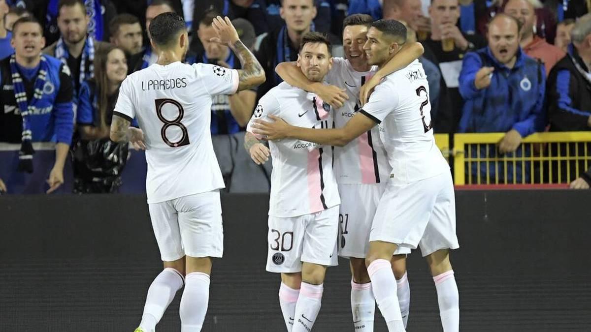 Achraf Hakimi (re.) schwärmt von Lionel Messi (2. v. li.)
