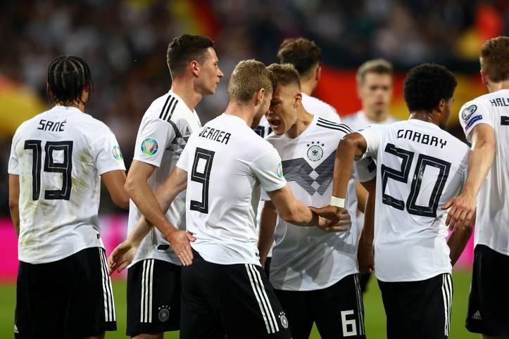 Die deutsche Nationalmannschaft feiert in der EM-Qualifikation gegen Estland einen ungefährdeten 8:0-Erfolg. Vor allem die Offensive glänzt. Die Defensive ist hingegen weitgehend beschäftigungslos. Das DFB-Team in der SPORT1-Einzelkritik