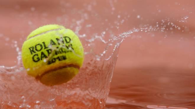 Anhaltender Regen sorgt für Verschiebungen bei den French Open mit Alexander Zverev