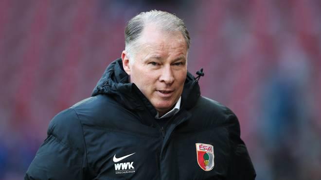 Geschäftsführer Stefan Reuter verteidigt das Teamtraining des FC Augsburg