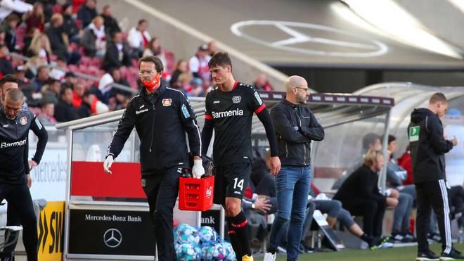 Bayer-Angreifer Patrik Schick musste gegen den VfB Stuttgart verletzt ausgewechselt werden