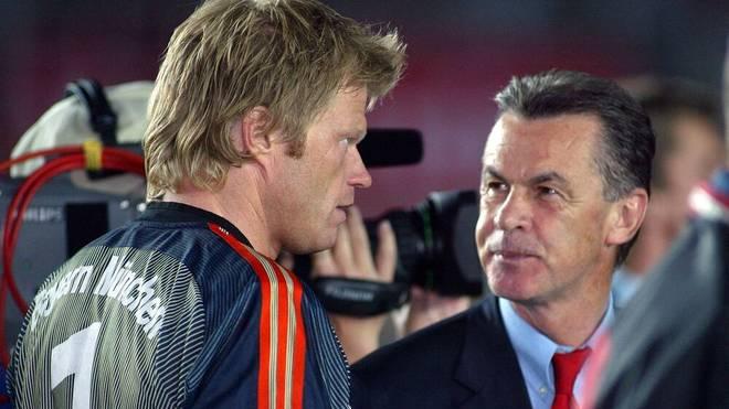 Torwart Oliver Kahn (l.) und Trainer Ottmar Hitzfeld arbeiteten lange bei Bayern zusammen