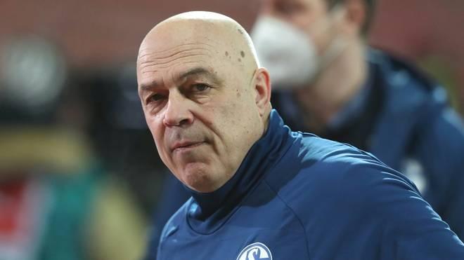 Christian Gross und Schalke wollen im Derby wichtige Punkte holen
