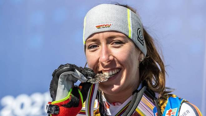 Ski-Ass Kira Weidle ist wieder auf einem Weltcup-Podest