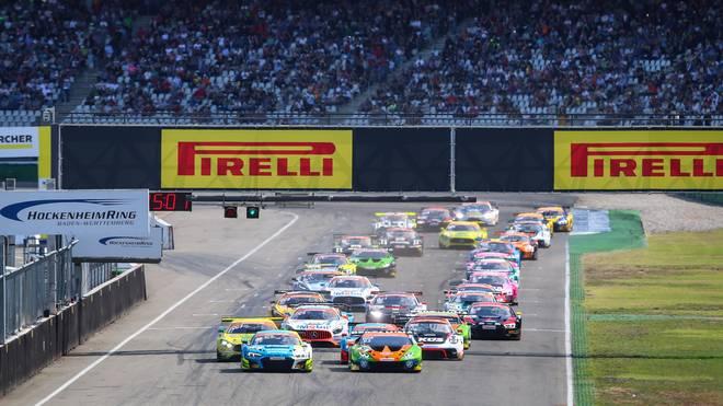 Der ADAC GT Masters startet am Wochenende auf dem Lausitzring