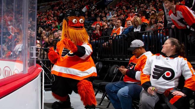 Dem Maskottchen der Philadelphia Flyers droht Ärger