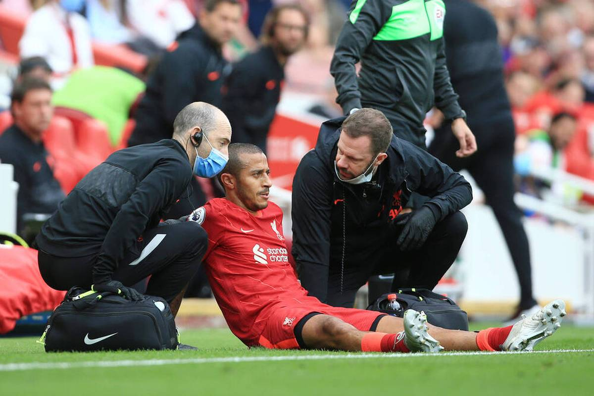 Thiago wird dem FC Liverpool in den nächsten Spielen nicht zur Verfügung stehen. Eine Wadenverletzung bremst den früheren Münchner aus.