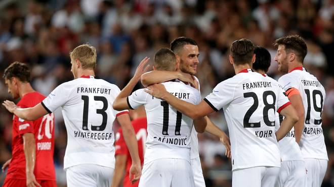 Eintracht Frankfurt steht mit einem Bein in den EL-Playoffs