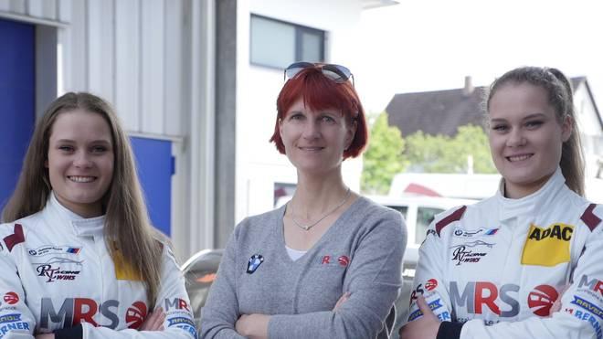 Die Schwestern Alesia (l.) und Jacqueline Kreutzpointner beweisen ihr Talent im Motorsport