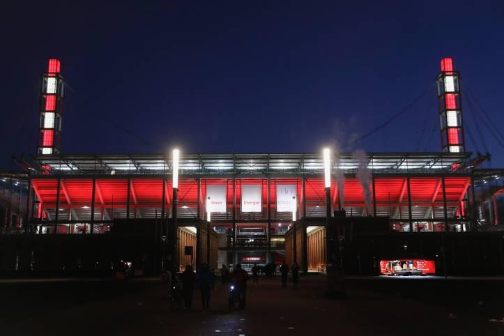 Das RheinEnergieStadion in Köln war Schauplatz für das letzte Eishockey-Großevent. Wo normalerweise der 1. FC Köln seine Heimspiele austrägt, trafen im Januar 2019 beim DEL Winter Game die beiden Eishockey-Traditionsklubs Kölner Haie und Düsseldorfer EG aufeinander