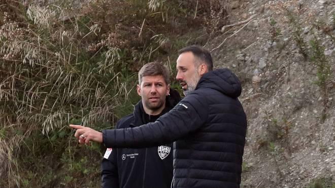 Thomas Hitzlsperger (l.) bekommt zumindest auf der Trainer-Position Kontinuität: Pellegrino Matarazzo bleibt bis 2022
