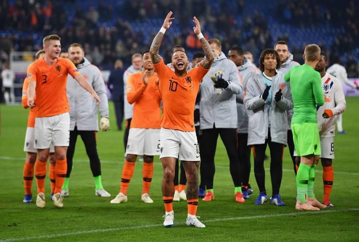 """Deutschland dominiert die Niederlande 85 Minuten. Am Ende gelingt den Gästen ein """"meisterhaftes Comeback"""", das die Presse in Deutschlands Nachbarland begeistert. SPORT1 zeigt die Pressestimmen zum letzten Länderspiel des Jahres"""