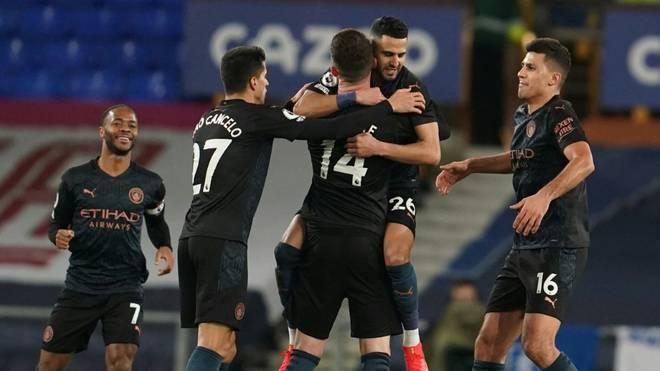 Manchester City feiert den Auswärtssieg bei Everton