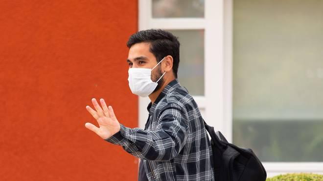 Ilkay Gündogan hat nach seiner Corona-Erkrankung eindringlich davor gewarnt, die Pandemie zu unterschätzen