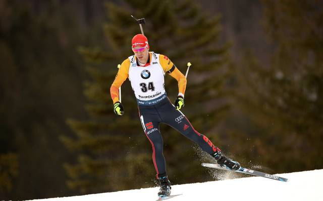 RUHPOLDING, GERMANY - JANUARY 16: Arnd Peiffer of Germany competes during the Men 10 km Sprint Competition at the BMW IBU World Cup Biathlon Ruhpolding on January 16, 2020 in Ruhpolding, Germany. (Photo by Alexander Hassenstein/Bongarts/Getty Images)