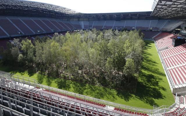 Das Stadion in Klagenfurt ist nun voller Bäume