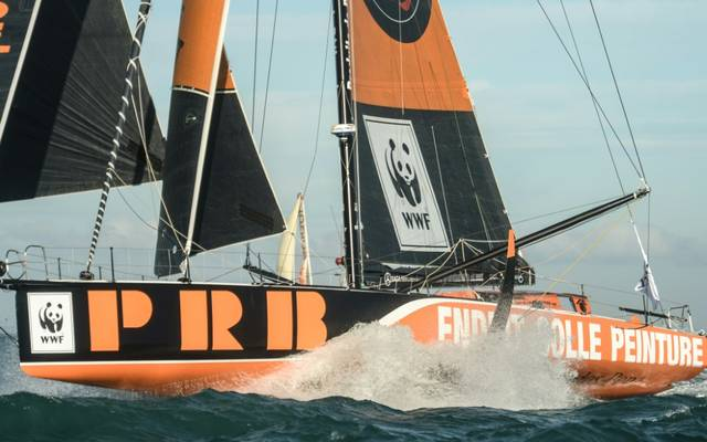 Skipper Kevin Escoffier musste seine Yacht verlassen.