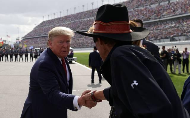 Donald Trump mischte sich in den Namensstreit um die Washington Redskins und Cleveland Indians ein