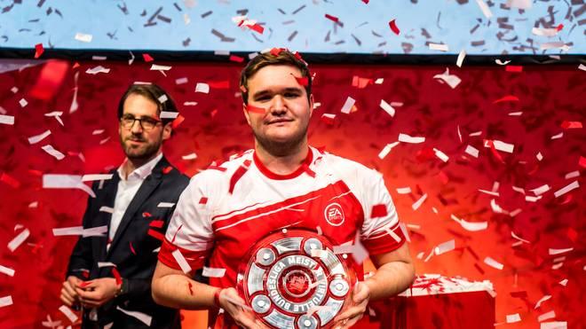 """Tim """"TheStrxnger"""" Katnawatos gewann die TAG Heuer Virtuelle Bundesliga 2018"""