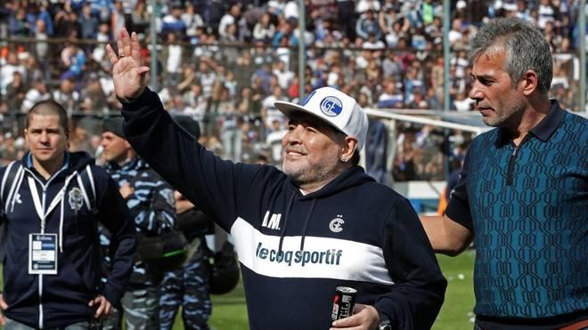Diego Maradona übernimmt einen argentinischen Klub
