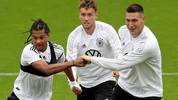 Serge Gnabry, Luca Waldschmidt und Niklas Süle (v.l.) im DFB-Training