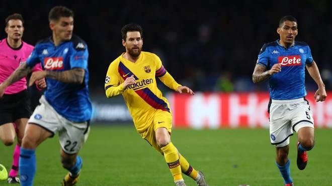 Noch ist nicht sicher, ob Lionel Messi (Mitte) das Rückspiel gegen Neapel in Barcelona bestreiten kann