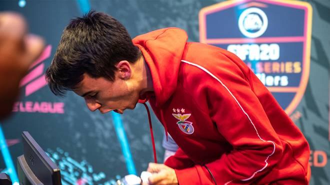 """Henrique """"Zezinho"""" Lempke siegte beim FUT Champions Cup Stage IV in Paris"""