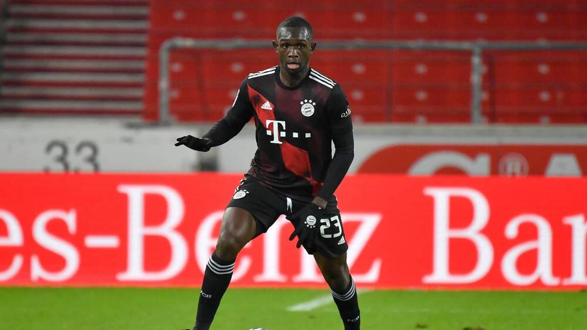 Am Wochenende hat Tanguy Nianzou gegen Union Berlin sein Comeback für den FC Bayern gegeben, nachdem er sich einen Muskelbündelriss zugezogen hatte. In der Zukunft möchte er auf dem Platz noch mehr Verantwortung übernehmen