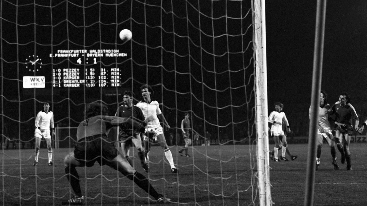Der FC Bayern hatte im deutschen UEFA-Cup-Halbfinale 1980 gegen Eintracht Frankfurt das Nachsehen