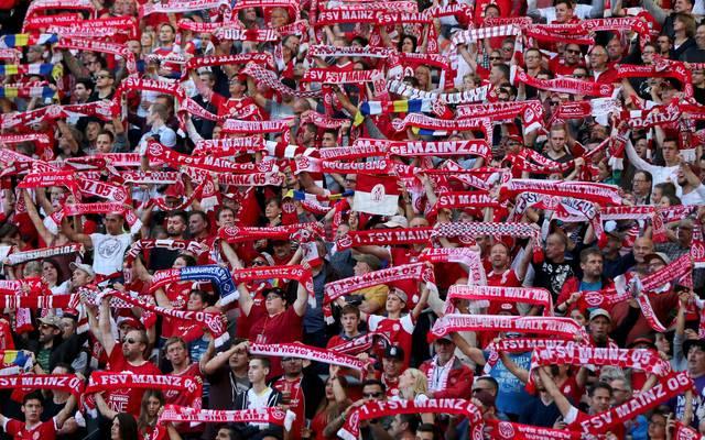 Mainz nimmt acht seiner Fans in Regress