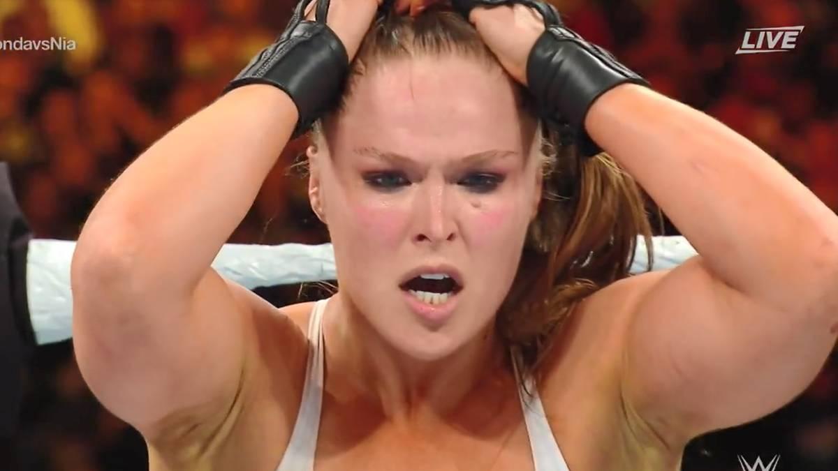 Ronda Rousey forderte bei WWE Money in the Bank 2018 Nia Jax heraus