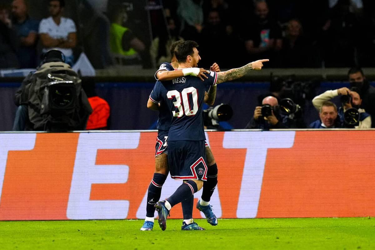 Lionel Messi feiert seine Torpremiere für PSG. der Argentinier gewinnt gegen seinen früheren Trainer Pep Guardiola.