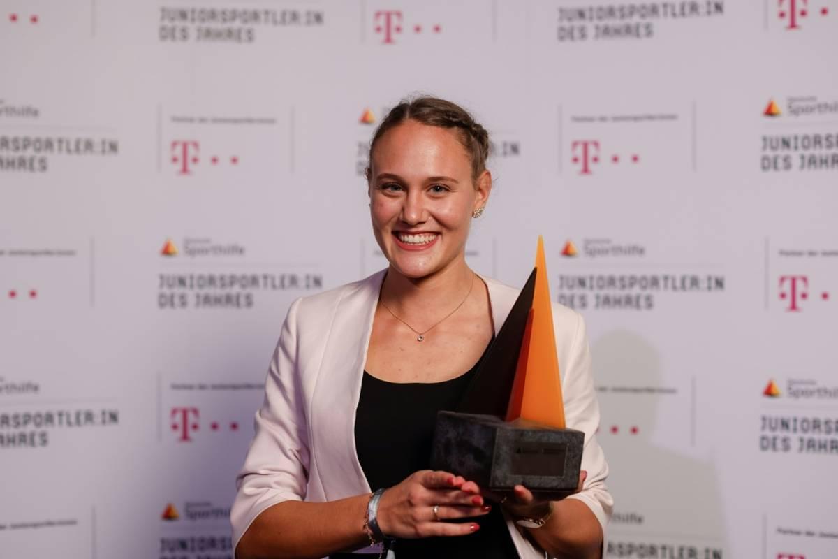 """Stabhochspringerin Sarah Vogel ist Deutschlands """"Juniorsportlerin des Jahres""""."""