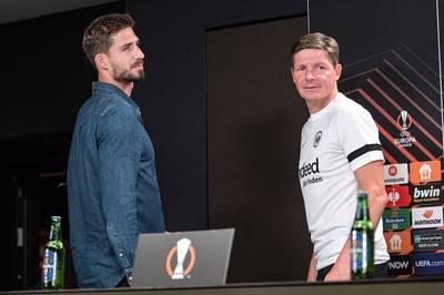 Eintracht Frankfurt geht die neue Saison in der Europa League trotz des Stolperstartes in der Fußball-Bundesliga mit Selbstvertrauen an.