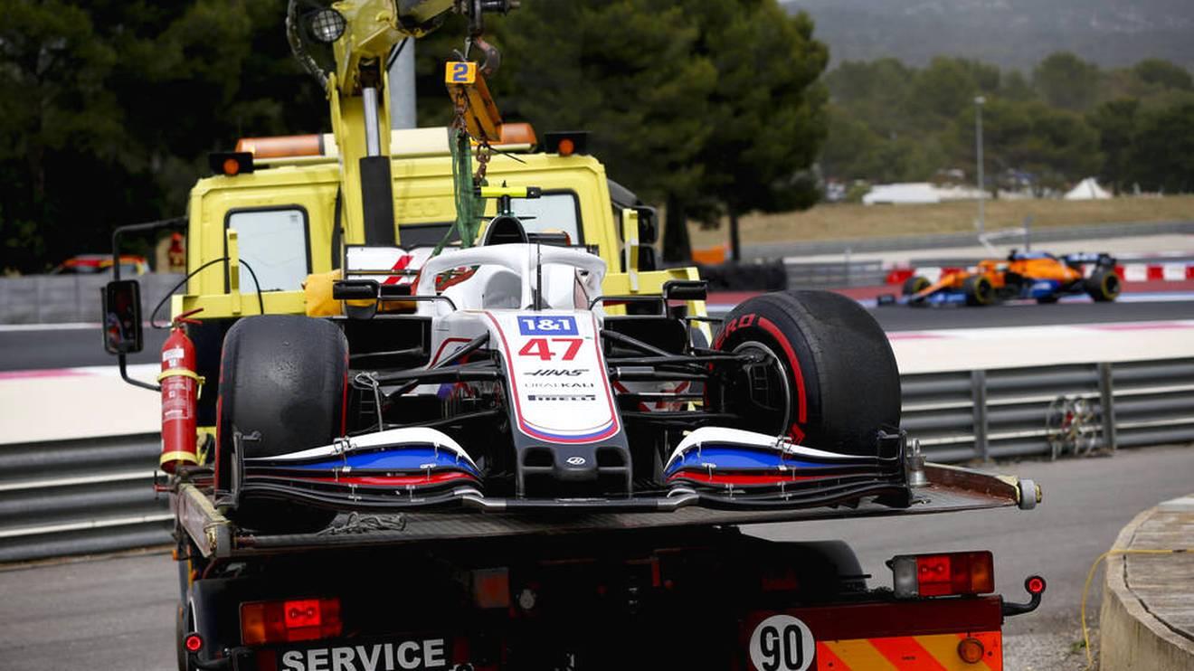 Der Haas von Mick Schumacher nach seinem Unfall im Qualifying