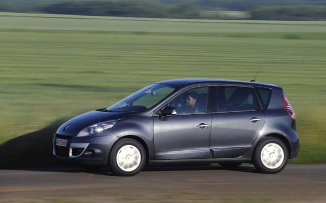 Viel Platz für Passagiere und Gepäck: Der kompakte Van Renault Scénic (2009 bis 2016)