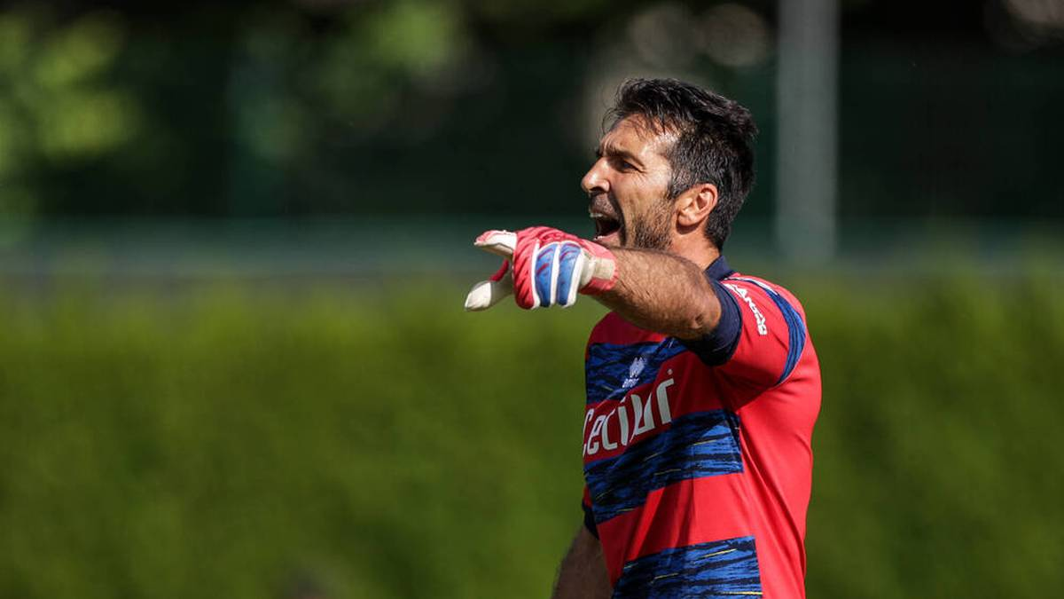Gianluigi Buffon stand gegen Bochum in der ersten Halbzeit im Kasten
